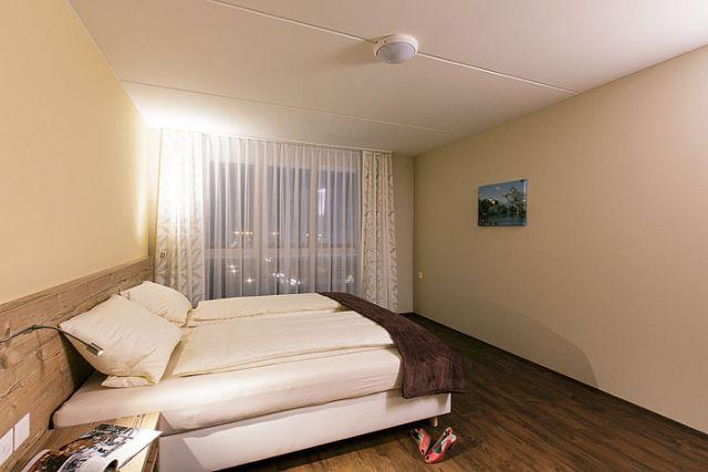 wohntel wohnen wie im hotel wohnhotel hotel 9475 sevelen st gallen. Black Bedroom Furniture Sets. Home Design Ideas